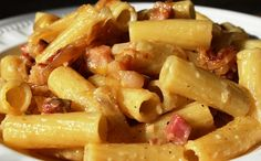 Iniziate a sentire fame? Ecco una #ricetta facile, veloce ed economica -->> http://www.ricette.pw/Ricetta/ricetta-pasta-alla-gricia/ #ricettafacile #ricettaveloce