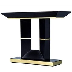 LUXURY CONSOLE TABLE| Timeless design, golden detailing and luxury are the names of the glorious Art Deco style.  | bocadolobo.com/ #consoletableideas #modernconsole