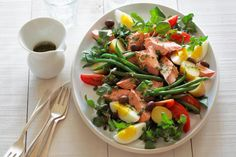 Tips to make healthy eating easier to avoid some of the common stroke risk factors.