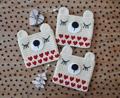 heart bear purse, pattern for purchase Crochet Owl Blanket, Crochet Pouch, Crochet Bear, Crochet Purses, Bead Crochet, Crochet For Kids, Crochet Dolls, Owl Crochet Patterns, Bag Patterns