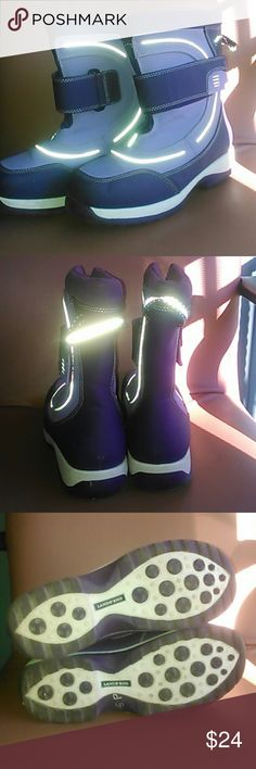 Lands End 6 youth /women's snow boots purple Like new, no defects Lands End  Shoes Rain & Snow Boots