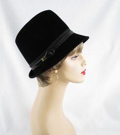 1970s Hat Black Velour Fedora Sz 22 by alleycatsvintage on Etsy