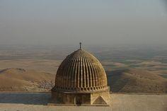 Back in Mardin - looking across the Mespotamian plain towards Syria - #kurdistan #كوردستان #kurdish #kurd #rojava #amed #erbil #mahabad #Halabja #urfa #diyarbakir  // SUPPORT FREE KURDISTAN http://www.kurdishcenter.org