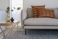 Sofa, Couch, Luxor, Minimalist Decor, Home Living Room, Apartment Therapy, Love Seat, Throw Pillows, Bed