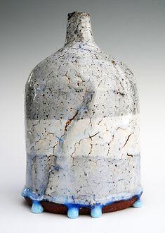 12-black-ice-bottle-with-blue-bidori-drops-20-x-13-cm.jpg 400×561 pixels