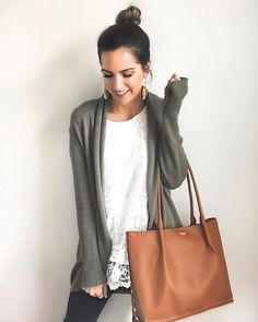 Hello the most perfect work/everyday tote ever! LOVE the look and quality of @hammittla bags! If you are local they are having a Trunk Show at Von Maur (@von_maur) in the Eden Prairie Shopping Center this Friday from 12-6pm! Giveaways every hour you wont want to miss it!! So sad I will be out of town but had to let you guys in on the opportunity. | Shared all outfit and bag details with swipe up links on my stories! @liketoknow.it http://liketk.it/2vqDI #liketkit #hammittla