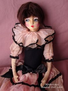 Boudoir Doll - Nice example of an early Etta boudoir doll dressed in a ...