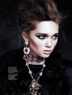 Dark Reign | Elle Vietnam November 2014 | Puck Loomans by Stockton Johnson [Editorial]