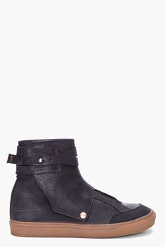 Fifth Avenue High top leather sneaker boot