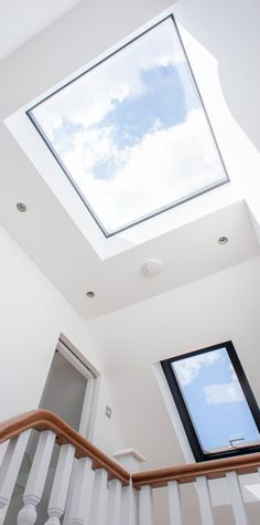 velux at the top of stairs Loft Conversion Bedroom, Dormer Loft Conversion, Loft Conversions, Loft Conversion Landing, Bungalow Loft Conversion, Design Loft, Roof Design, House Design, Roof Skylight
