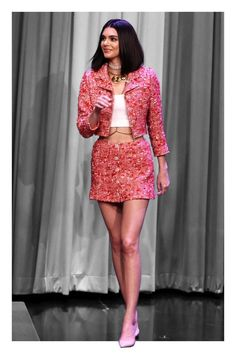 "Kendall Jenner was precociously pretty in pink and uniquely accessorized for her Valentine's Day visit to ""The Tonight Show Starring Jimmy Fallon"" last night. To begin with, Jenner paired the quintessentially demure skirt suit with a white, midriff baring Chanel Fashion, 90s Fashion, Runway Fashion, High Fashion, Fashion Dresses, Vintage Fashion, Chanel Chanel, Chanel Bags, Chanel Handbags"