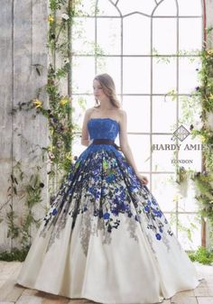 There are many designer and prom dresses online but the looks you will get from this Sherri Hill Prom Dress Collection 2018 for Girls, there is no chance any other prom dress will provide you. Ball Dresses, Ball Gowns, Evening Dresses, Prom Dresses, Wedding Dresses, Elegant Dresses, Pretty Dresses, Fairytale Dress, Quinceanera Dresses