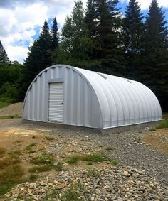 SteelMaster is an industry leader in customized storage solutions. Get a steel storage building that won't break the bank but still provides the utility you need. Metal Storage Buildings, Metal Garages, Steel Buildings, Metal Building Homes, Building A House, Quonset Hut Homes, Hut House, Pool Enclosures, Steel Garage