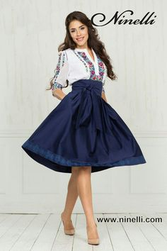 Cute outfit for the Romania trip! 15 Dresses, Pretty Dresses, Dress Outfits, Casual Dresses, Fashion Dresses, Cute Outfits, Mexican Fashion, Mexican Outfit, Mexican Dresses
