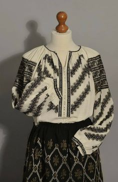 Folk Costume, Costumes, Hand Embroidery, Christmas Sweaters, Blouse, Romania, Abs, Country, Women