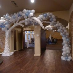 Frosty balloon tree made for a Winter wonderland themed party. Party Blitz can make any theme come to life. Party Blitz can create festive and custom Balloon Arches for any event. Christmas Balloons, Christmas Party Decorations, Christmas Tree Themes, Balloon Decorations, Balloon Ideas, Christmas Projects, Prom Balloons, Rainbow Balloons, Balloon Gate