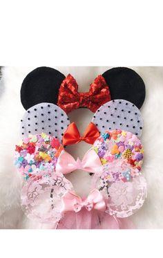 Halloween Ears Mickey Ears Disney Ears Mouse by MissCocoBoutique (halloween manualidades disney) Diy Disney Ears, Disney Diy, Disney Crafts, Cute Mickey Mouse, Disney Minnie Mouse Ears, Cat Ears Headband, Diy Hair Accessories, Glitter Hair, Girl Clothing