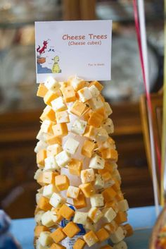 Whether you're celebrating a child's birthday or Read Across America, these Dr. Seuss treats and snacks are the perfect touch for the party! Dr Seuss Party Ideas, Dr Seuss Birthday Party, Birthday Snacks, Boy Birthday Parties, Birthday Ideas, 2nd Birthday, Party Snacks, Dr Seuss Graduation Party, Dr Seuss Baby Shower Ideas