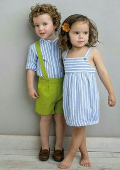 Shop designer children's wear, designed with exclusive styles and prints, made with love for the comfort of your child, buy for your boy, girl & baby. Fashion Kids, Baby Girl Fashion, Toddler Fashion, Twin Outfits, Family Outfits, Kids Outfits, Baby Girl Dress Patterns, Baby Dress, Moda Kids