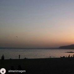 Playa de Almeria ciudad.  #playasAlmeria #costadealmeria #turismoalmeria #almeriaciudad