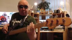 Backing Track E Minor Funky & Groovy Blues HD720 m1 Basscover Bob Roha