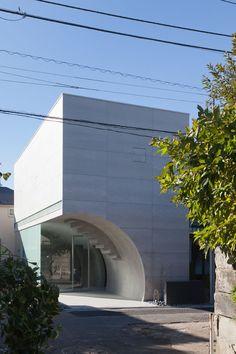 Makiko Tsukada Architects . tunnel house