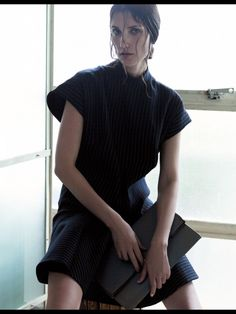 nice Cindy Sirinya Bishop para Vogue Tailândia Agosto 2013 por Mary McCartney & Nat Prakobsantisuk