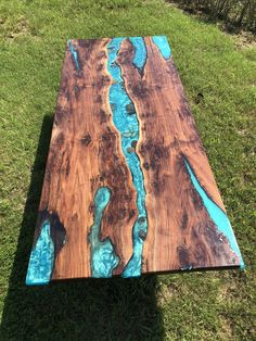Walnut live edge river table with stone Colorful Interior Design, Colorful Interiors, Interior Colors, Wood Resin Table, Diy Pipe, Handmade Table, Space Architecture, Wal, Resin Art