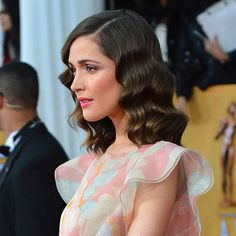 Rose Byrne does it again at the SAG Awards- shot took my breath away, stunning