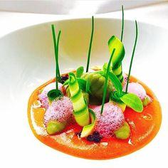 chefsofinstagram: Spinach gnocchi light spicy tomato sauce black olive caviar zucchini raspberry foam. By - @marco_tola_chef #ChefsOfInstagram