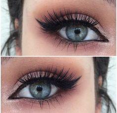 10+ Beautiful Blue Eyes Makeup Ideas You Should Try Now; #MakeupLovers #BlueEyes #MakeupLook Blue Eye Makeup, Skin Makeup, Eye Makeup Remover, Wedding Makeup Looks, Wedding Makeup Tips, Beautiful Blue Eyes, Best Natural Makeup, Bridesmaid Makeup, Skin Tag Removal
