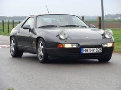En 1991 aparece la última versión del 928, el 928 GTS que sería retirado en 1995.