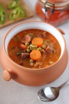 Szoljanka | Rizsázzunk! Soup Recipes, Diet Recipes, Vegan Recipes, Cooking Recipes, European Cuisine, Good Food, Yummy Food, Hungarian Recipes, Ketogenic Recipes