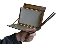 The Ultimate Handheld Box - WetCanvas A handheld pochade made by William Turner. I must make this for backpacking/plein-air trips!