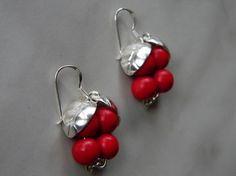 Puolukka-korvakorut Diy Jewelry Inspiration, Drop Earrings, Drop Earring