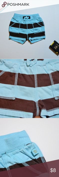 NWOT Baby Boys Shorts by Gap Size 3-6M 100% Cotton Colors are blue and brown Please keep in mind colors may vary depending on the device you use Smoke-free, dog friendly home Most of my children's items are 5 for $25 or 3 for $15 GAP Bottoms Shorts