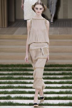 Chanel, Look #32