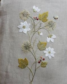 Wonderful Ribbon Embroidery Flowers by Hand Ideas. Enchanting Ribbon Embroidery Flowers by Hand Ideas. Pillow Embroidery, Embroidery Needles, Learn Embroidery, Silk Ribbon Embroidery, Embroidery Art, Embroidery Scissors, Hand Embroidery Tutorial, Hand Embroidery Patterns, Brazilian Embroidery