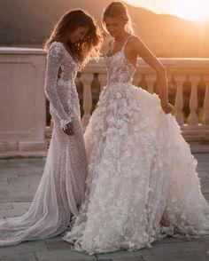 Western Wedding Dresses, Long Wedding Dresses, Wedding Dress Styles, Bridal Dresses, Wedding Gowns, Garden Wedding Dresses, Event Dresses, V Neck Wedding Dress, Perfect Wedding Dress