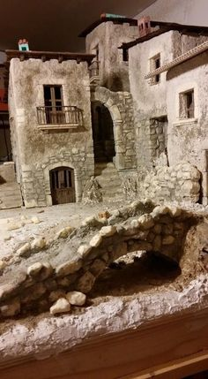 Probably a gaming diorama, but I would love to do this in miniature with rooms etc.píxeles For international Barbies Christmas Crib Ideas, Christmas Decorations, Christmas Nativity Scene, Wargaming Terrain, Free To Use Images, Train Layouts, Miniature Houses, Fairy Houses, Small World
