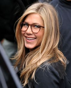 Glasses. Jennifer Aniston.