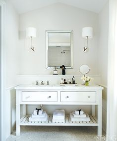 White, beautiful bathroom with small flowers