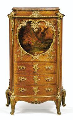 Secrétaire à abattant en placage de bois de violette, panneau vernis et montures de bronze doré de style Louis XV, vers 1890, par Joseph-Emmanuel Zwiener (actif à Paris vers 1875 - 1900)