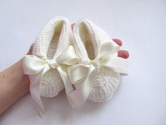 Knitted White Merino Wool Baby Shoes  Baby by JurgitasHandicrafts, $19.50