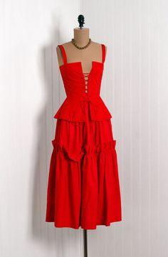 Dress Yves Saint Laurent, 1970s Timeles Vixen Vintage
