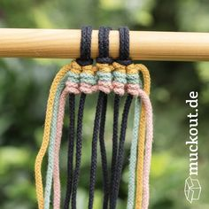 macrame/macrame anleitung+macrame diy/macrame wall hanging/macrame plant hanger/macrame knots+macrame schlüsselanhänger+macrame blumenampel+TWOME I Macrame Natural Dyer Maker Educator/MangoAndMore macrame studio Macrame Art, Macrame Projects, Macrame Knots, Sewing Projects, Large Macrame Wall Hanging, Tapestry Wall Hanging, Macrame Plant Hanger Diy, Plant Hangers, Wall Hangings
