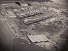 El 24 de Noviembre de 1952 el Presidente de la Republica Lic. Miguel Aleman inagura las instalaciones de la Base Aerea de Santa Lucia en el Estado de Mexico