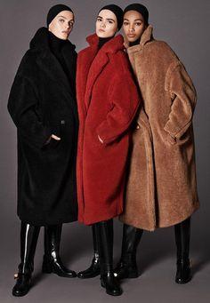The timeless allure of Max Mara icon coats: Manuela and Teddy Bear. Max Mara Teddy Coat, Teddy Bear Coat, Max Mara Coat, Fashion Mode, Look Fashion, Womens Fashion, Street Fashion, Petite Fashion, Curvy Fashion