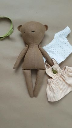 Handmade Stuffed Animals, Baby Toys Handmade, Tiny Dolls, Soft Dolls, Toddler Toys, Toddler Crafts, Kids Crafts, Accessoires Barbie, Fabric Toys
