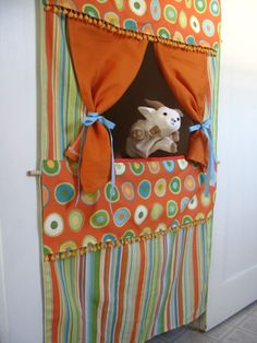 Chronicles of a Babywise Mom: DIY Doorway Puppet Theatre {Tutorial} Projects For Kids, Diy For Kids, Gifts For Kids, Sewing Projects, Angry Chicken, Marionette, Puppet Show, Thinking Day, Imaginative Play